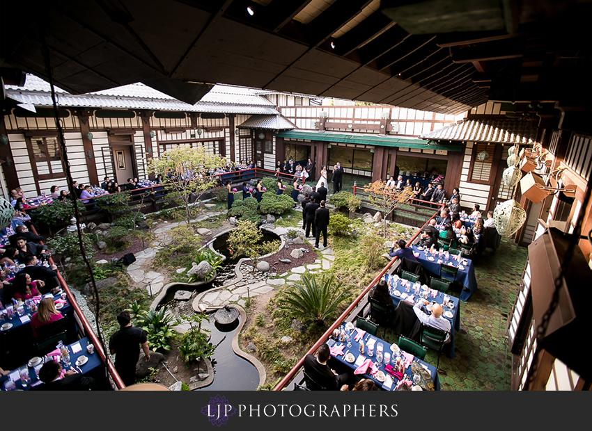 19-yamashiro-restaurant-hollywood-wedding-photographer