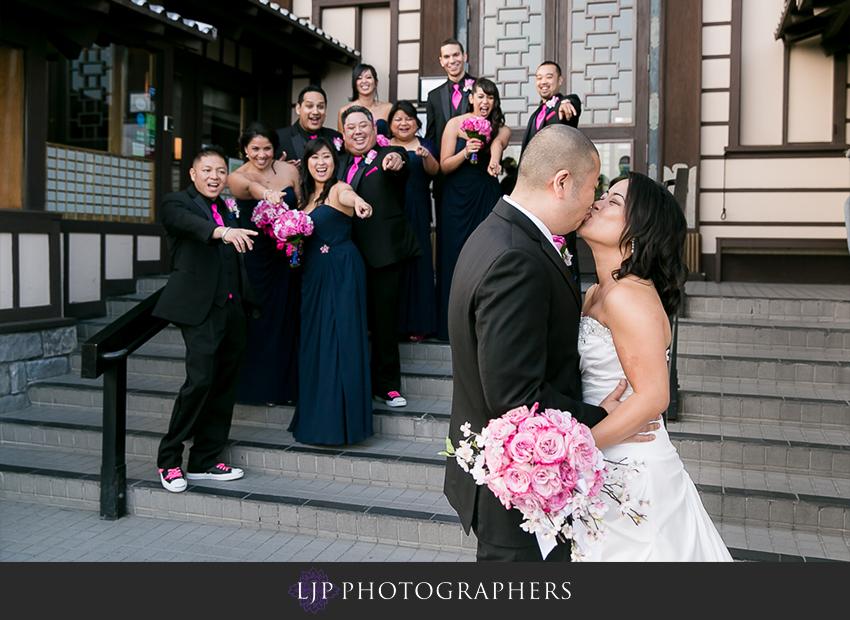 22-yamashiro-restaurant-hollywood-wedding-photographer