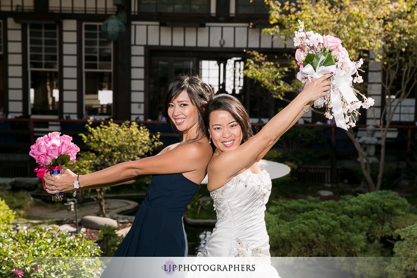 23-yamashiro-restaurant-hollywood-wedding-photographer