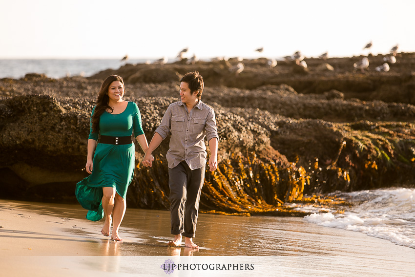 04-laguna-beach-engagement-photos