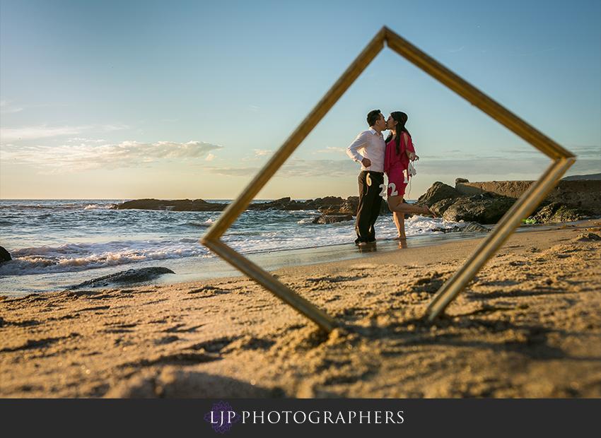 10-fun-laguna-beach-engagement-photos