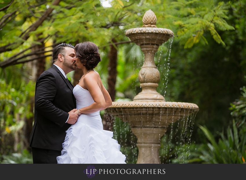 07-grand-tradition-estate-and-gardens-fallbrook-wedding-photographer