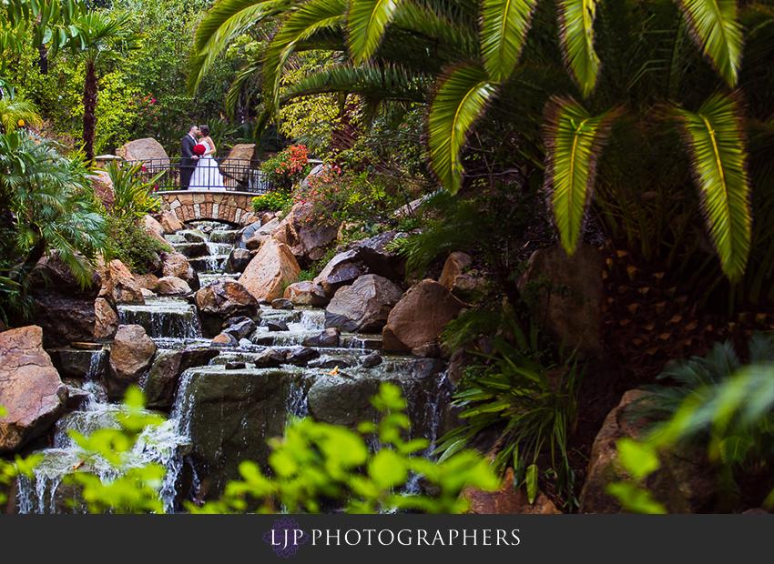 13-grand-tradition-estate-and-gardens-fallbrook-wedding-photographer