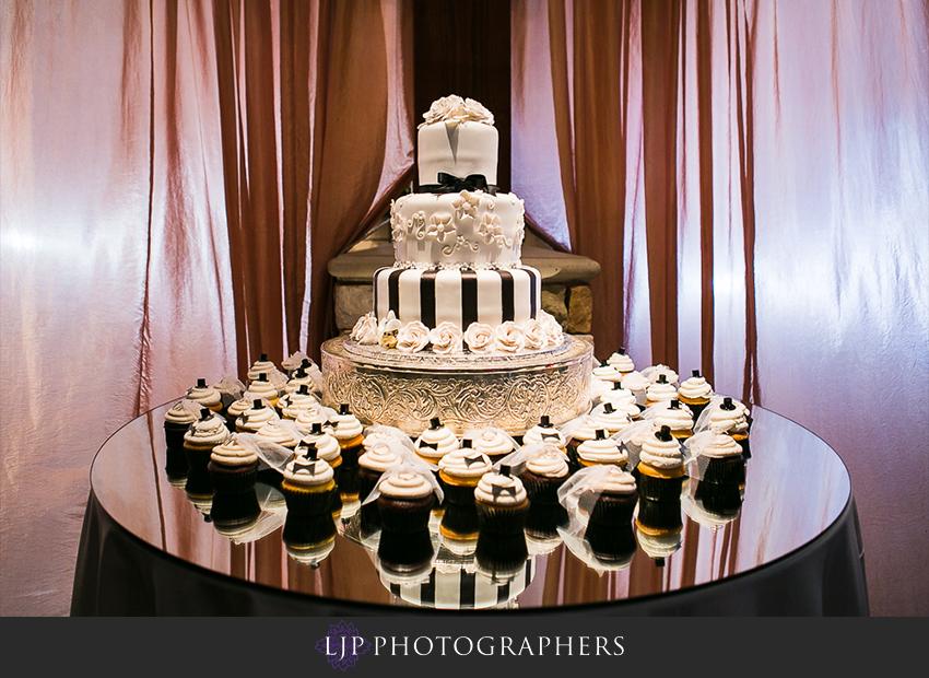 16-grand-tradition-estate-and-gardens-fallbrook-wedding-photographer