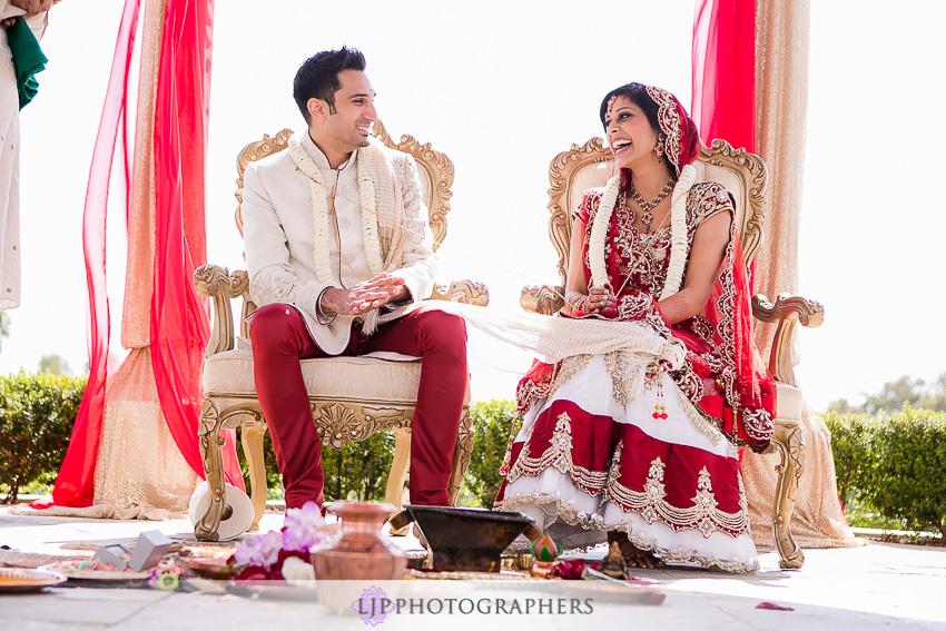 13-newport-beach-marriott-wedding-photographer