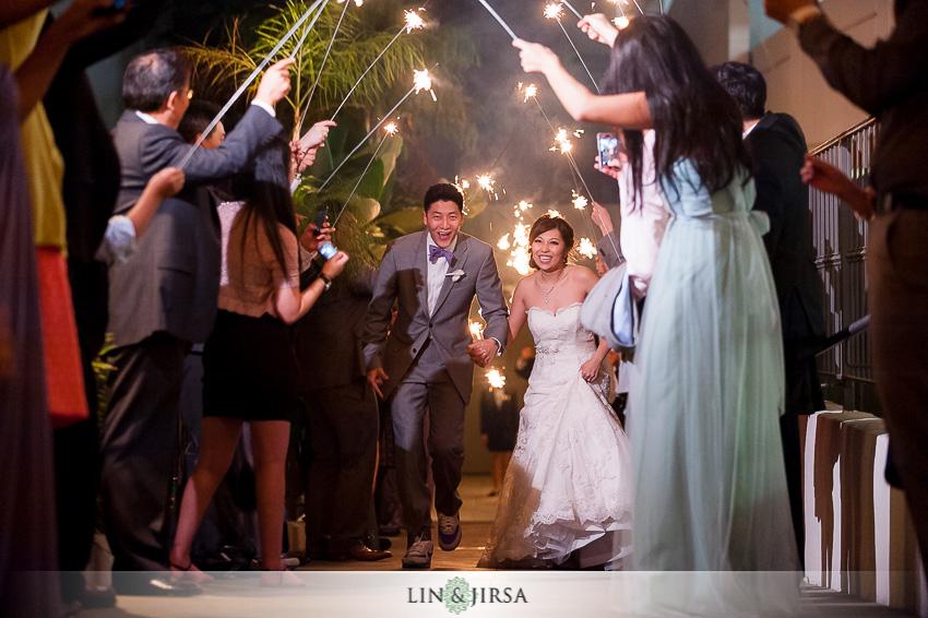 32-turnip-rose-cost-mesa-wedding-photographer