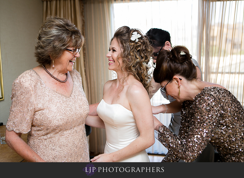 04-the-center-club-costa-mesa-wedding-photos