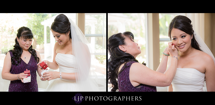 07-avenue-of-the-arts-wyndham-hotel-wedding-photographer