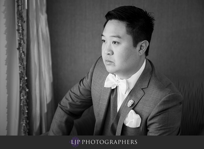 08-avenue-of-the-arts-wyndham-hotel-wedding-photographer