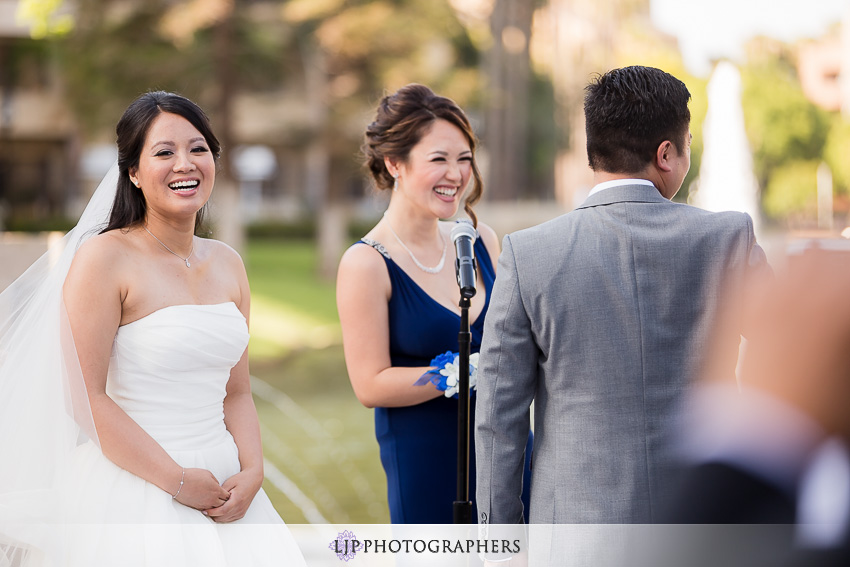 18-avenue-of-the-arts-wyndham-hotel-wedding-photographer