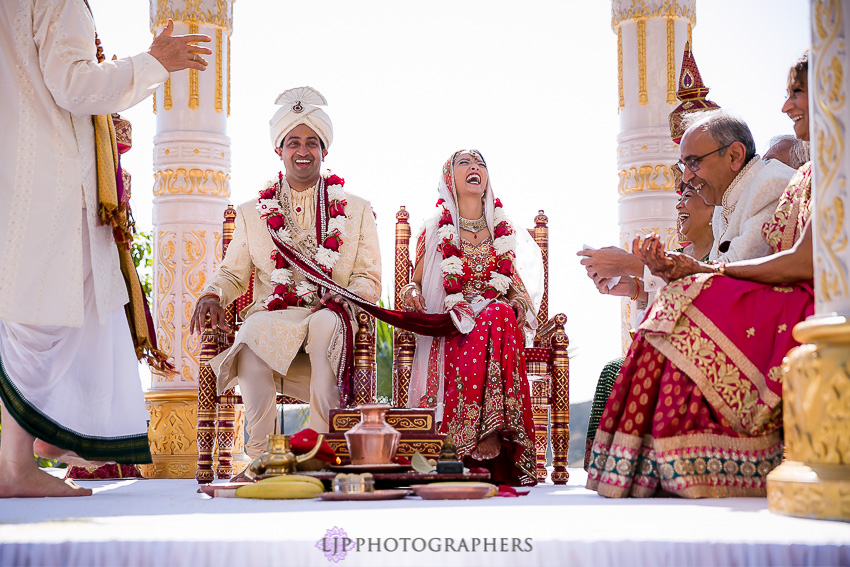 18-hummingbird-nest-ranch-indian-wedding-photographer