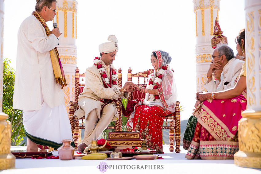 21-hummingbird-nest-ranch-indian-wedding-photographer