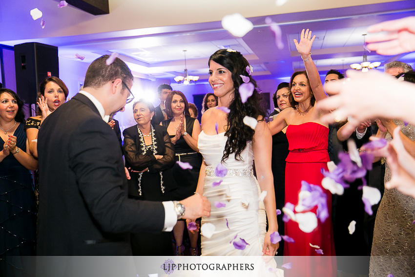 24-aliso-viejo-conference-center-wedding-photos