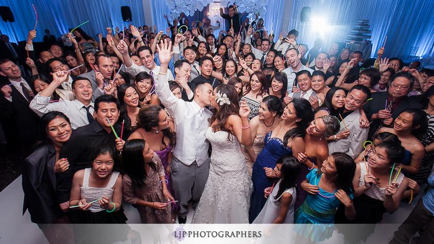 34-hilton-costa-mesa-wedding-photographer