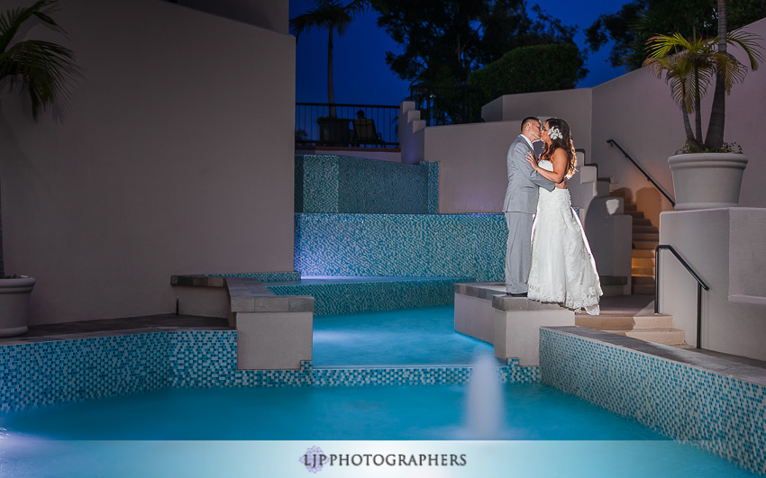 36-hilton-costa-mesa-wedding-photographer