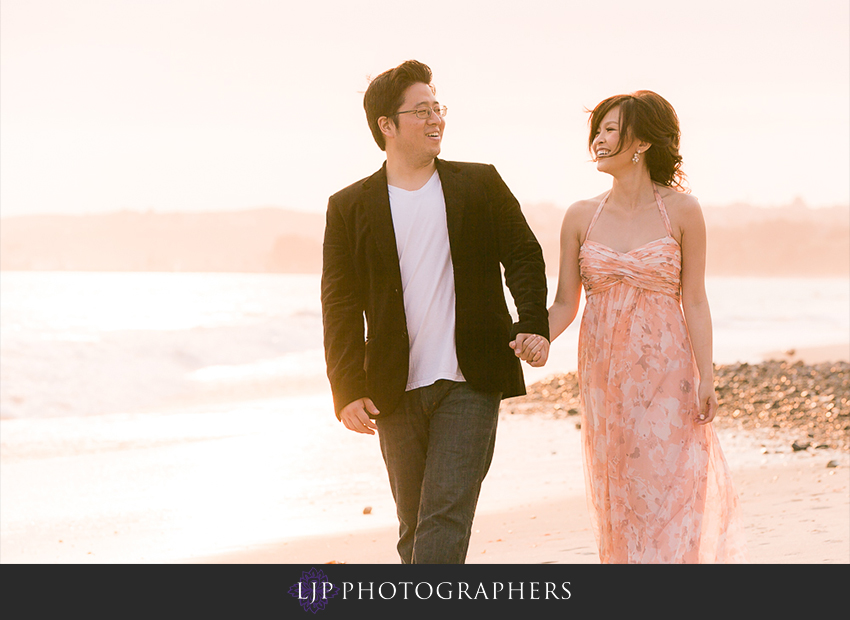 13-cute-orange-county-engagement-photos