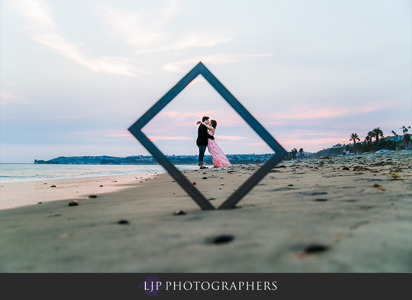 17-cute-orange-county-engagement-photos