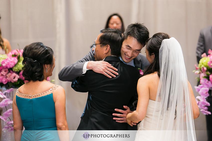 21-hilton-universal-los-angeles-wedding-photos