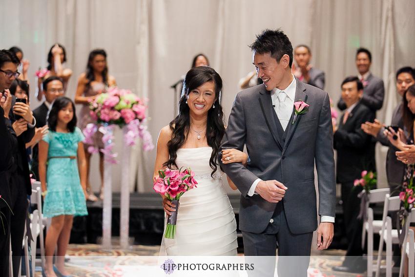 24-hilton-universal-los-angeles-wedding-photos