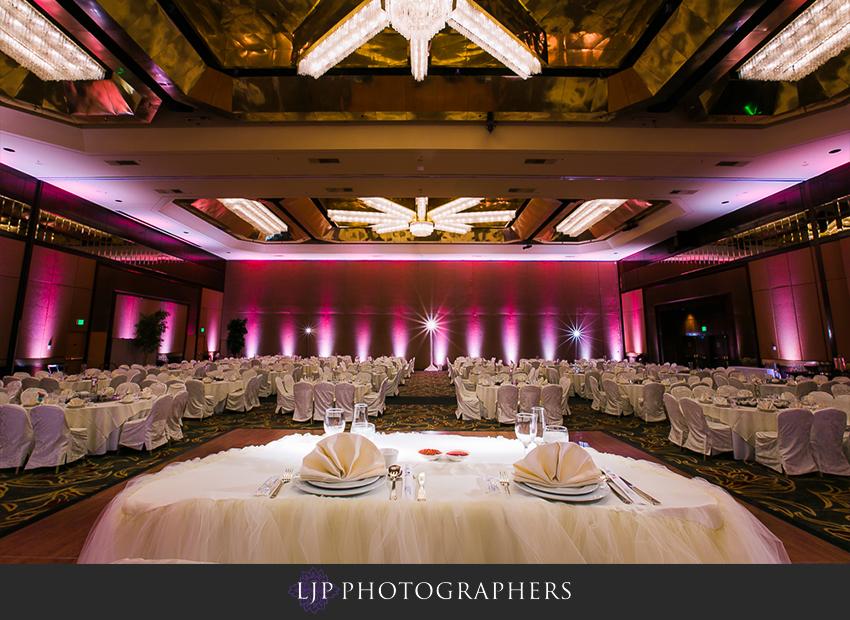 25-hilton-universal-los-angeles-wedding-photos