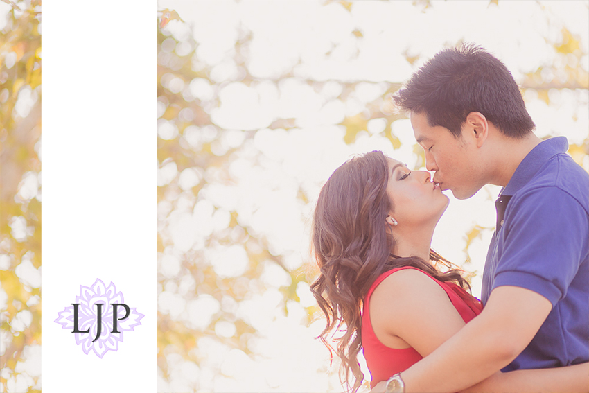 02-cute-irvine-engagement-photographer