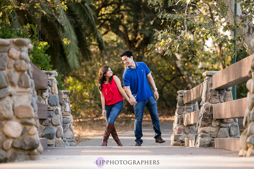 04-cute-irvine-engagement-photographer