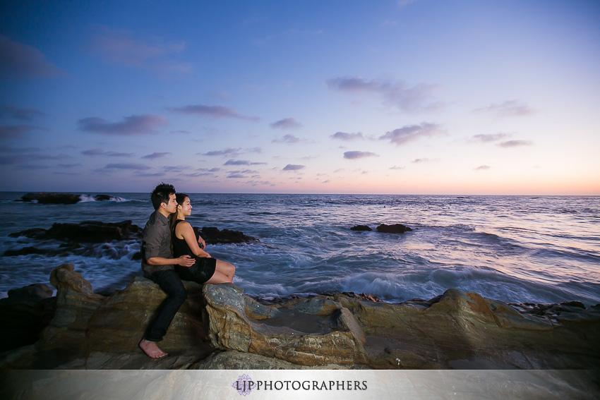 07-beautiful-laguna-beach-engagement-photos