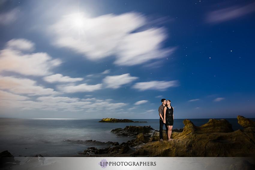 08-beautiful-laguna-beach-engagement-photos