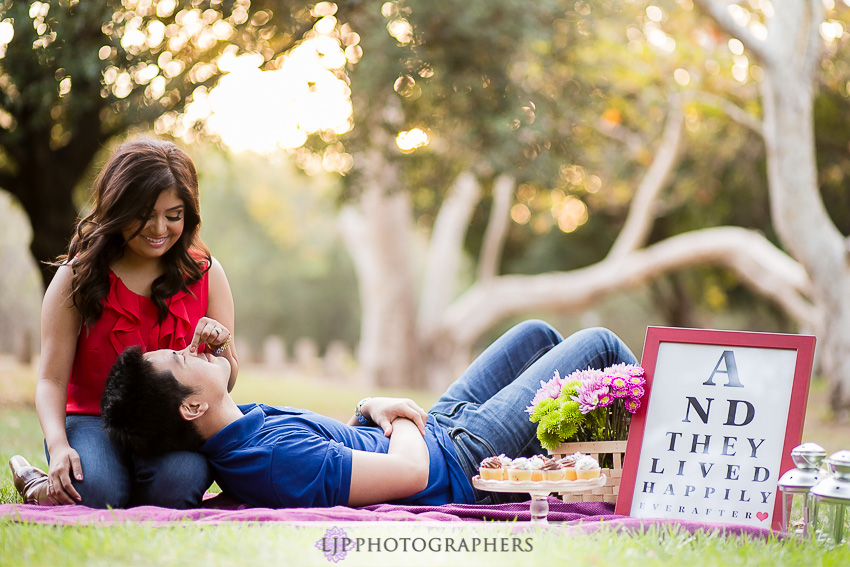 08-cute-irvine-engagement-photographer