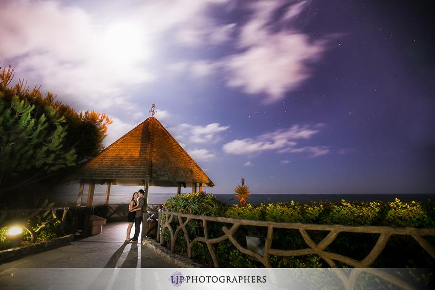 09-beautiful-laguna-beach-engagement-photos