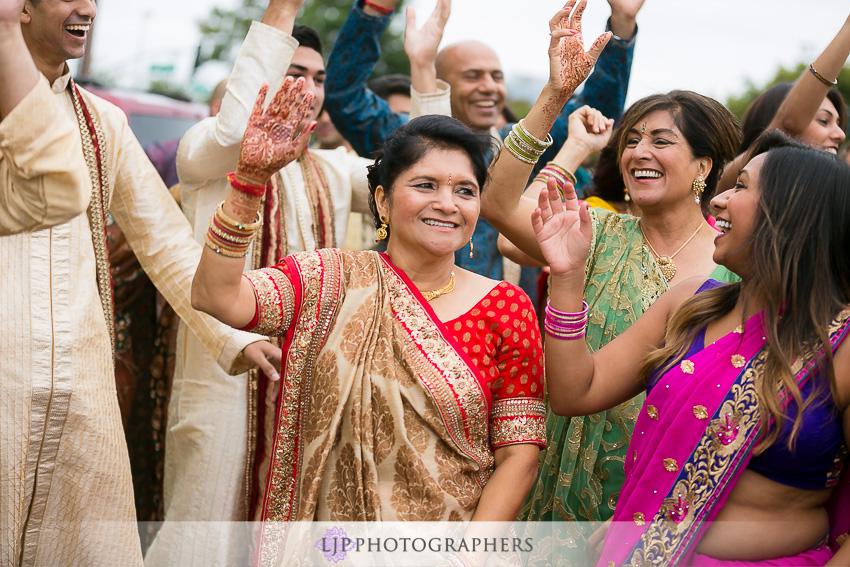 09-santa-clara-marriott-indian-wedding-photographer