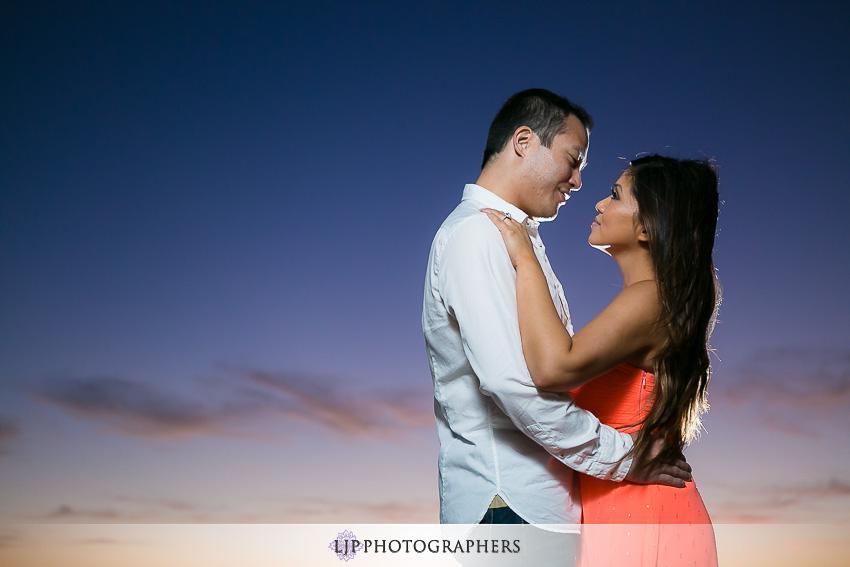 10-beautiful-summer-engagement-photos