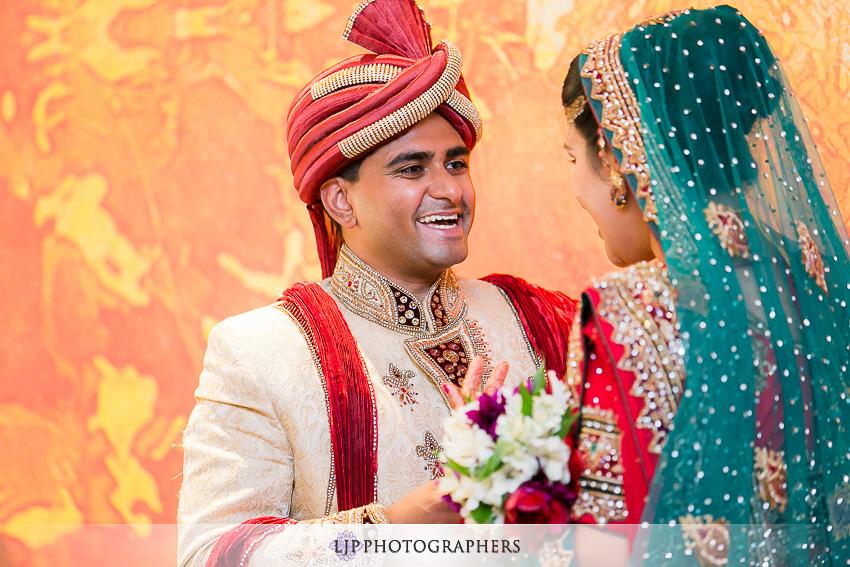 16-hilton-costa-mesa-indian-wedding-photographer