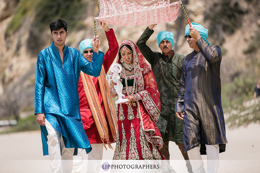 17-malibu-rocky-oaks-estate-wedding-photographer