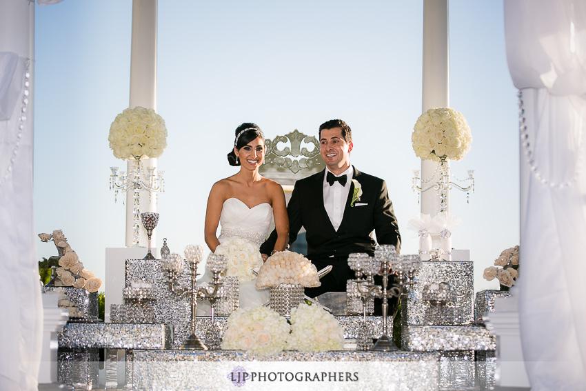17-newport-beach-marriott-wedding-photographer
