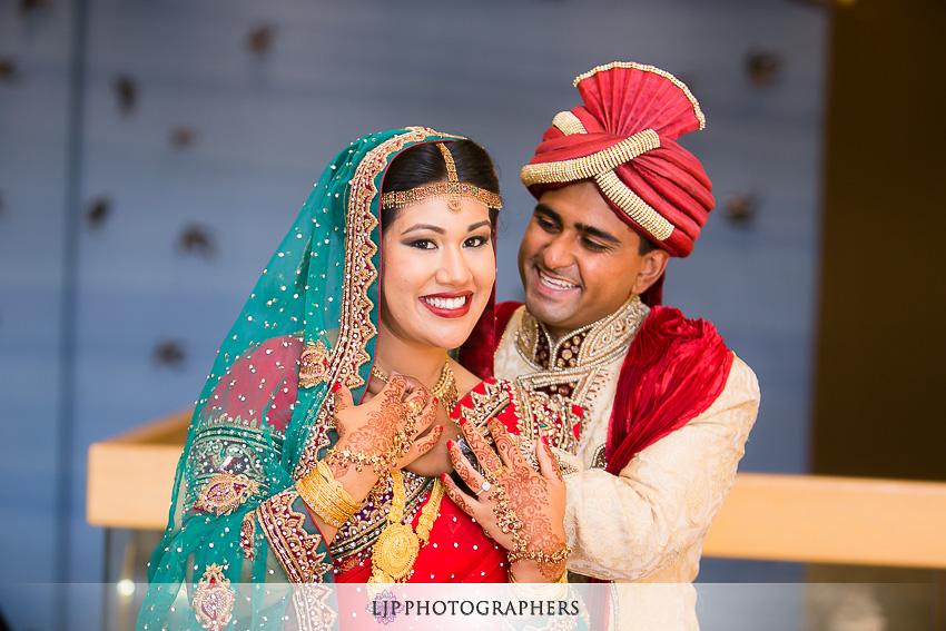 18-hilton-costa-mesa-indian-wedding-photographer