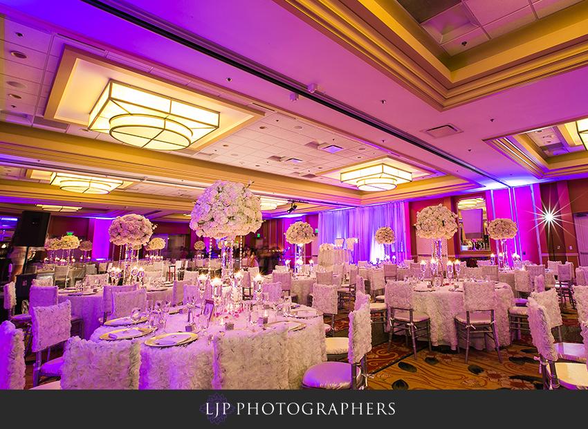 26-newport-beach-marriott-wedding-photographer