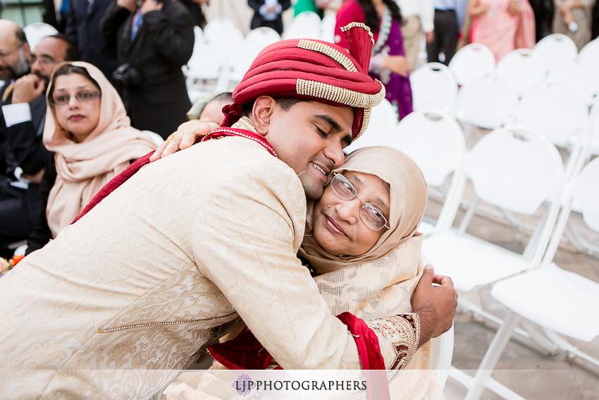 27-hilton-costa-mesa-indian-wedding-photographer