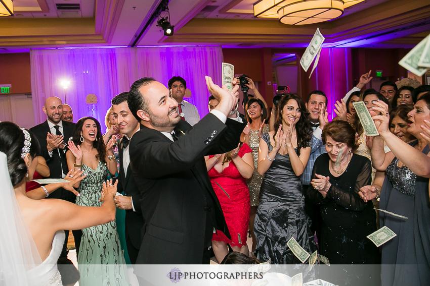 30-newport-beach-marriott-wedding-photographer