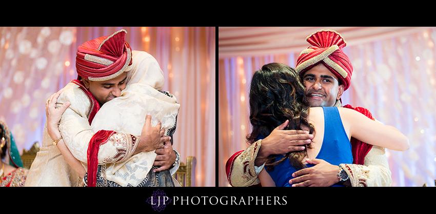 32-hilton-costa-mesa-indian-wedding-photographer
