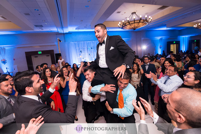 32-santa-clara-marriott-indian-wedding-photographer
