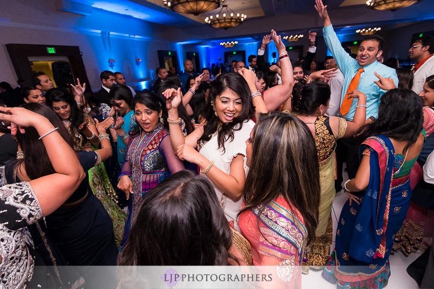 33-santa-clara-marriott-indian-wedding-photographer
