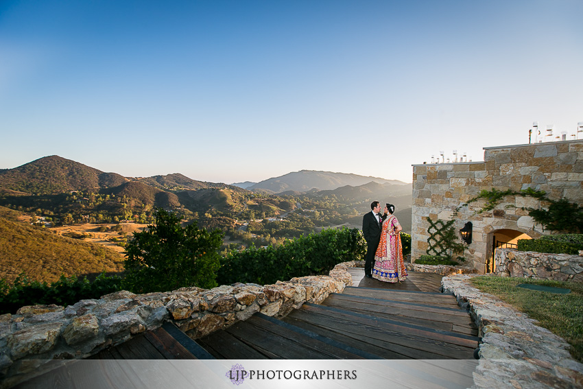 35-malibu-rocky-oaks-estate-wedding-photographer