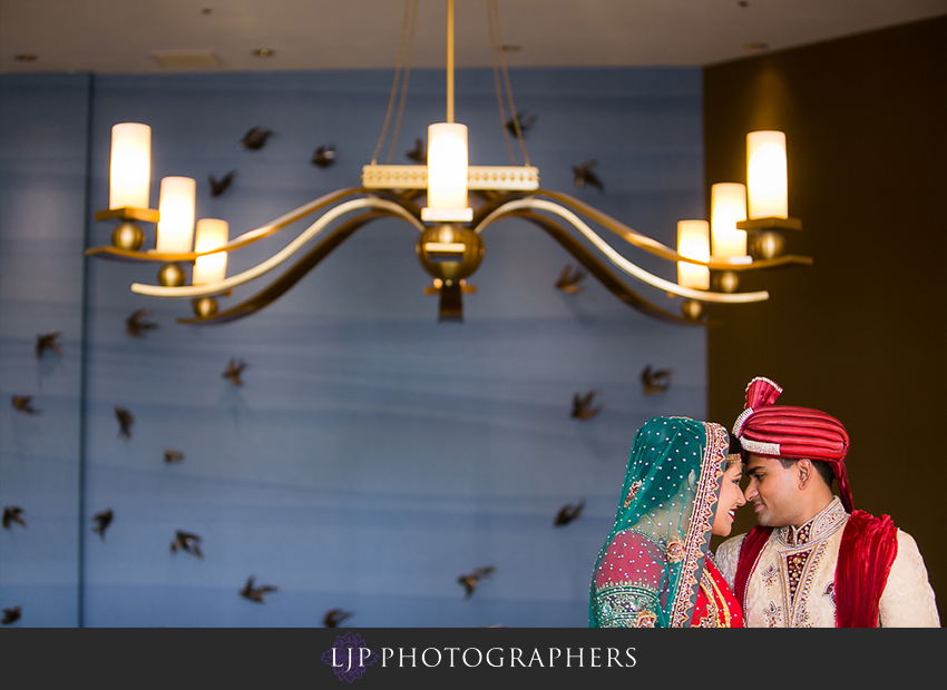 36-hilton-costa-mesa-indian-wedding-photographer