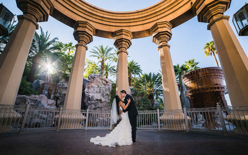 Wedding at mandalay bay las vegas wedding ideas 2018 mandalay bay wedding reviews bernit bridal junglespirit Gallery