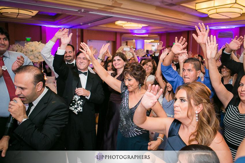 40-newport-beach-marriott-wedding-photographer