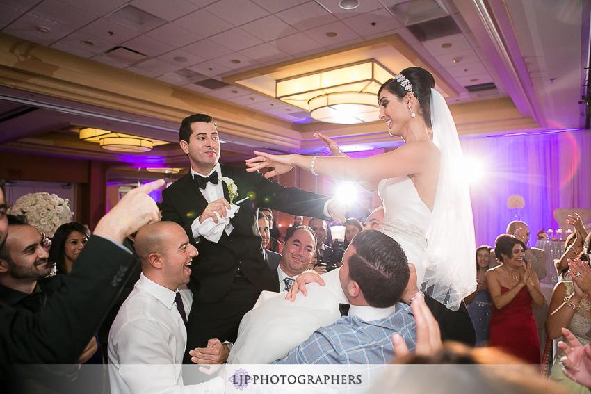 42-newport-beach-marriott-wedding-photographer