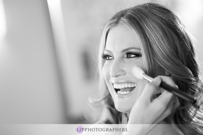 03-crystal-cove-newport-beach-wedding-photographer-getting-ready-photos