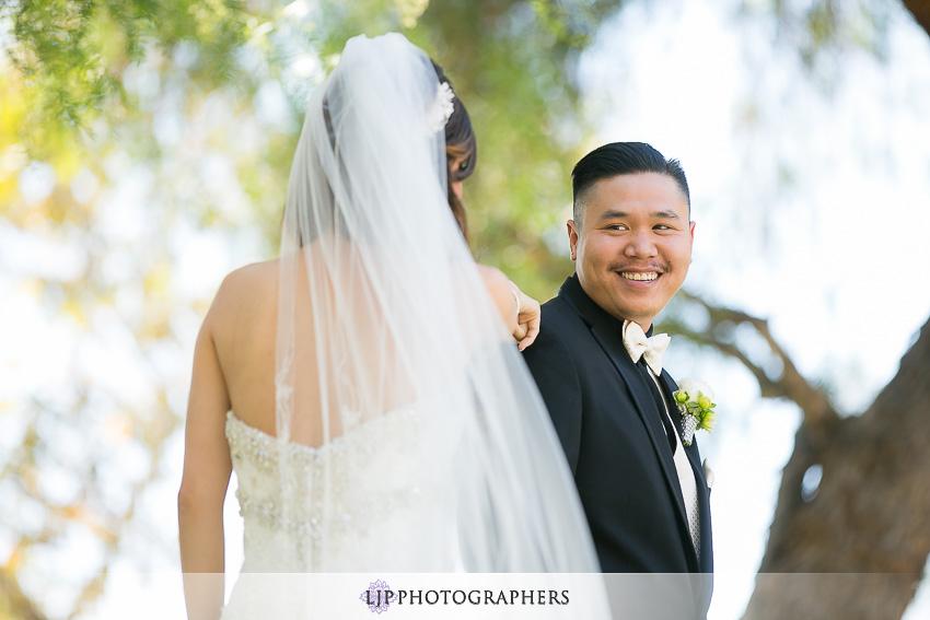 07-summit-house-fullerton-wedding-photographer-first-look-photos