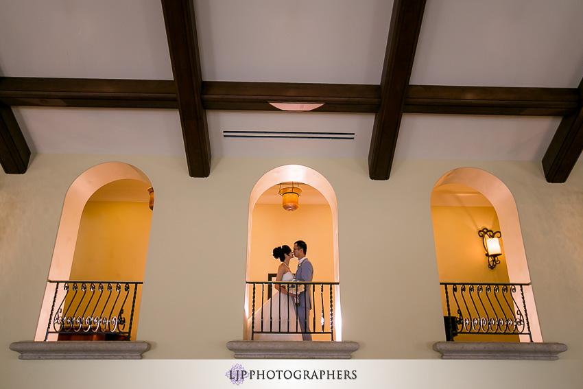 11-beautiful-hyatt-regency-huntington-beach-orange-county-wedding-photographer